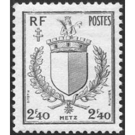 France num Yvert 734 ** MNH Armoiries Metz Année 1945