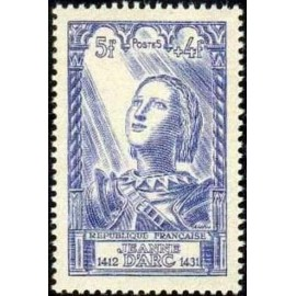 France num Yvert 768 ** MNH Jeanne d' arc Année 1946