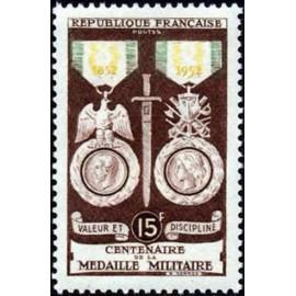 France num Yvert 927 ** MNH Medaille militaire Année 1952