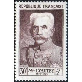 France num Yvert 950 ** MNH Lyautey Année 1953