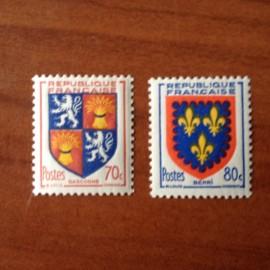 France num Yvert 958-959 ** MNH Armoiries de provinces Année 1953