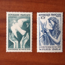 France num Yvert 761-762 ** MNH Colombe Année 1946