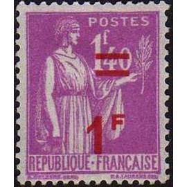 France num Yvert 484 ** MNH surchargé Paix Année 1941