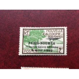 NOUVELLE CALEDONIE PA Num 4 * MH avec charniere ANNEE 1933 Paris-Noumea
