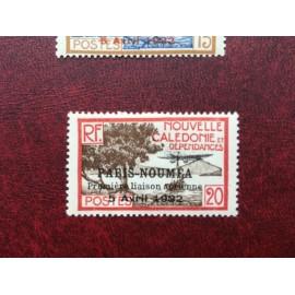 NOUVELLE CALEDONIE PA Num 9 * MH avec charniere ANNEE 1933 Paris-Noumea