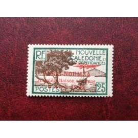 NOUVELLE CALEDONIE PA Num 10 * MH avec charniere ANNEE 1933 Paris-Noumea