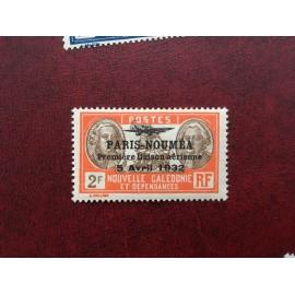NOUVELLE CALEDONIE PA Num 24 * MH avec charniere ANNEE 1933 Paris-Noumea