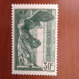 France num Yvert 354 ** MNH Samothrace Année 1937