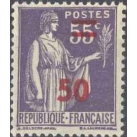France num Yvert 478 ** MNH surchargé Paix Année 1941
