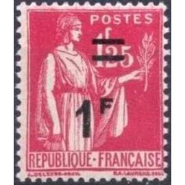 France num Yvert 483 ** MNH surchargé Paix Année 1941