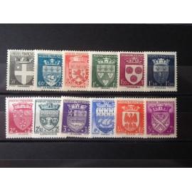 France num Yvert 553-564 ** MNH Serie Armoiries Année 1942