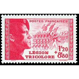 France num Yvert 566 ** MNH Legion tricolore Année 1942