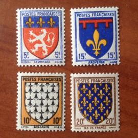 France num Yvert 572-575 ** MNH Serie Armoiries Année 1943