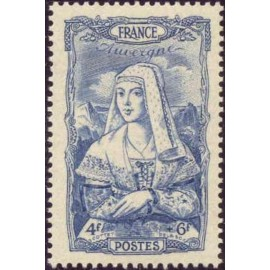 France num Yvert 597 ** MNH Coiffe Auvergne Année 1943