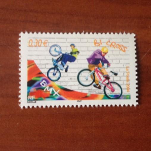 France num Yvert 3696 ** MNH Année 2004 Bicross