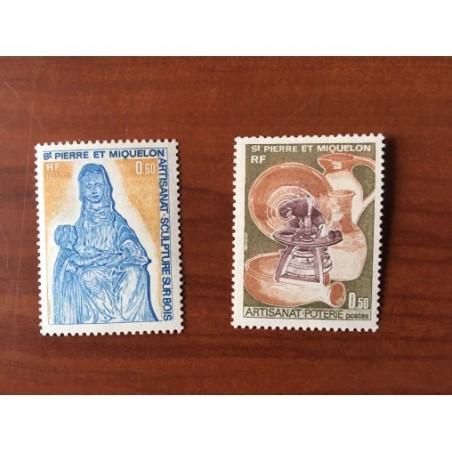 Saint Pierre et Miquelon 443-444 * MH Artisanat année 1975